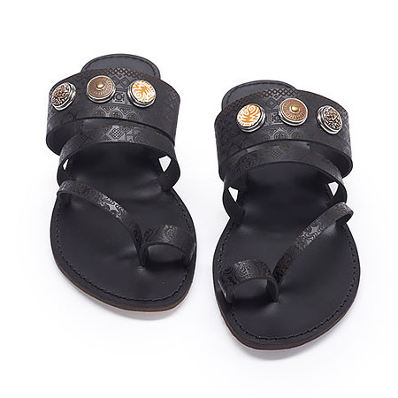 08007_L_footwear_classic_sandal_patterns_antiqueblack_packshot