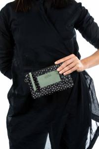 Мини-сумочка меховая в горошек